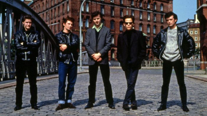 http://www.film4.com/reviews/1994/backbeat