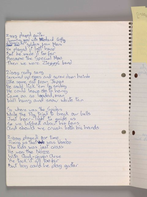 "Original com a letra de ""Ziggy Stardust"" CORTESIA: The David Bowie Archive. IMAGEM © Victoria and Albert Museum"
