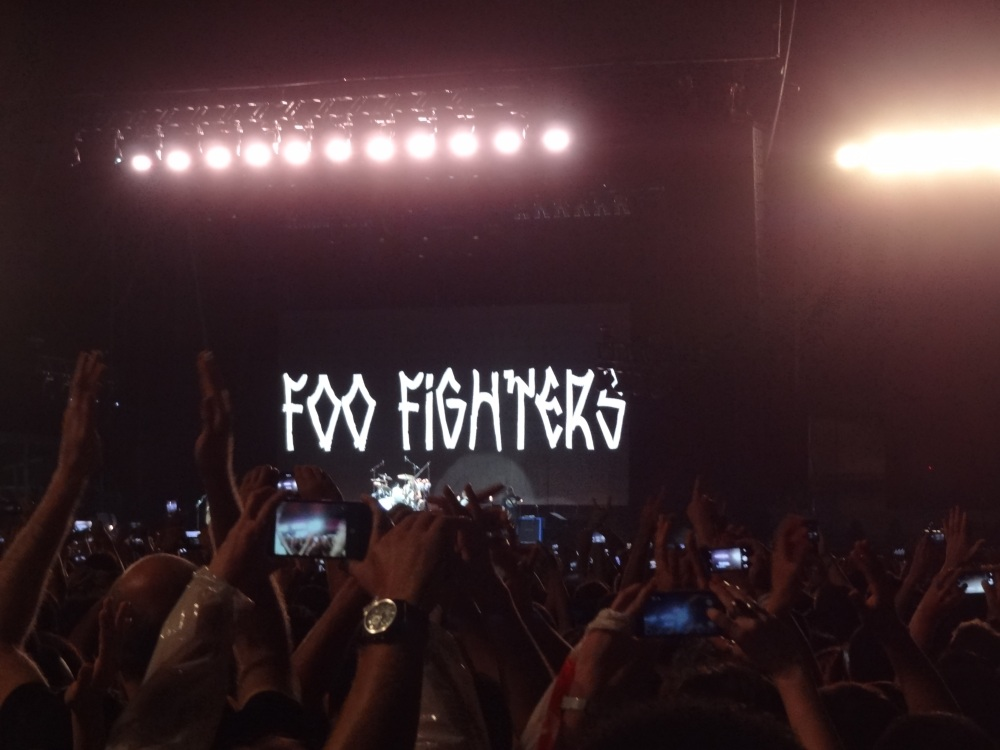 Uma carta de amor ao rock and roll. Foo Fighters, Morumbi, 23/01/2015. (1/6)