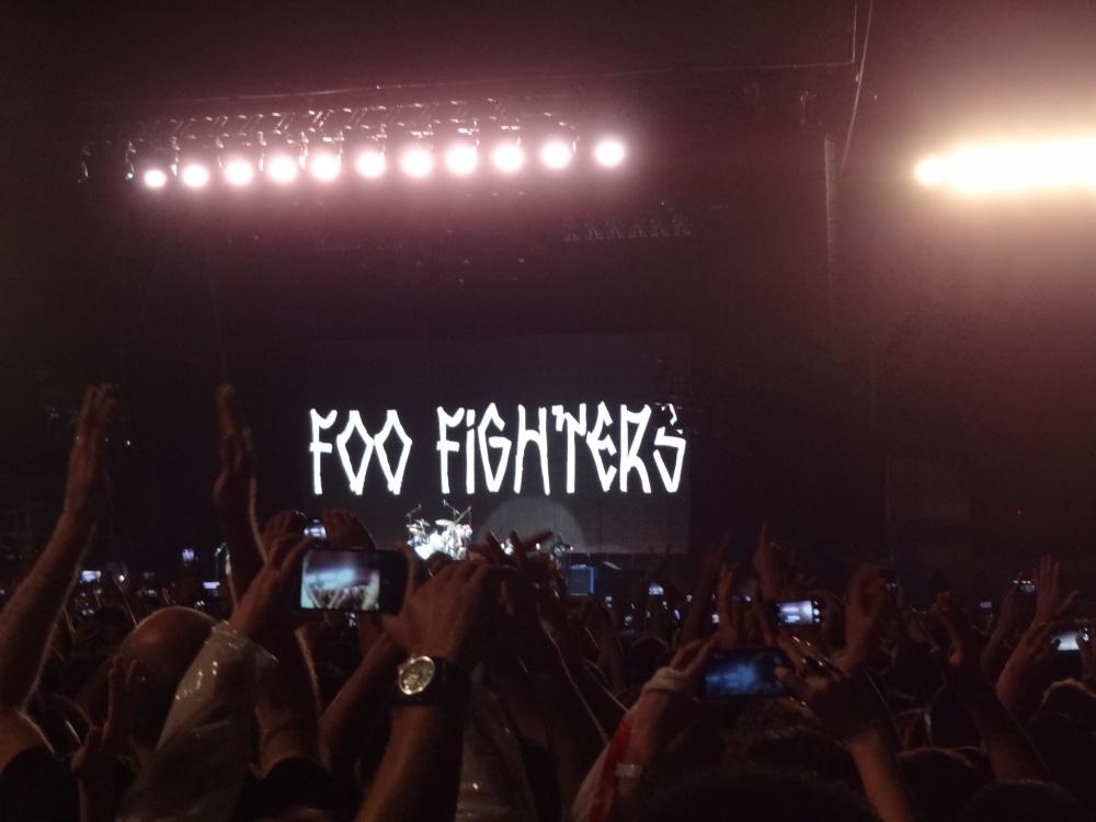 Uma carta de amor ao rock and roll. Foo Fighters, Morumbi, 23/01/2015. (1/6)